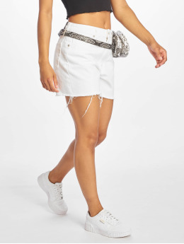 NA-KD Shorts Raw Hem High Waist Denim hvid