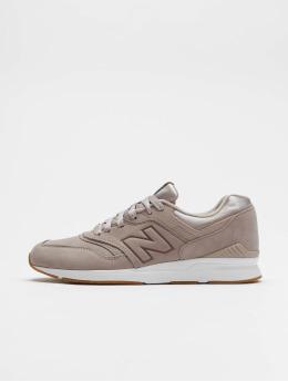 New Balance Sneaker 697 rosa