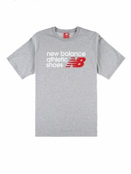 New Balance T-shirt Essentials Normal  grå