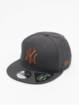 New Era Casquette Fitted MLB New York Yankees League Essential 9Fifty gris