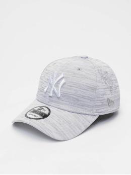 New Era Casquette Snapback & Strapback MLB NY Yankees Engineered Fit 9forty blanc