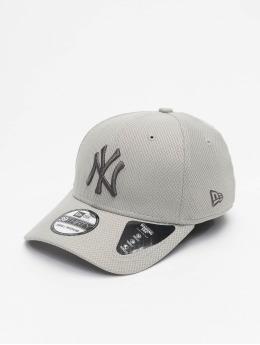 New Era Flexfitted Cap MLB NY Yankees Team 39thirty  grey
