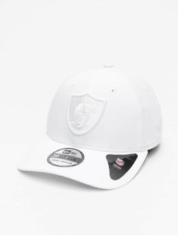 New Era Flexfitted Cap NFL Oakland Raiders 39Thirty  weiß