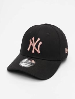 New Era Flexfitted-lippikset MLB NY Yankees Essential 39Thirty  musta