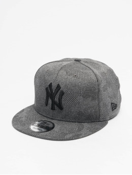 New Era Snapback Cap MLB NY Yankees Engineered Plus 9Fifty grau