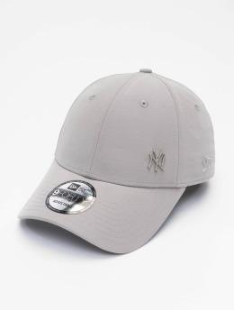 New Era Snapback Cap MLB NY Yankees Flawleshortsleeve Logo grigio
