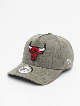 New Era Snapback Cap NBA Chicago Bulls Engineered Plus Aframe olive