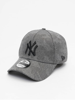New Era Snapback Cap MLB NY Yankees Engineered Plus 9Forty schwarz