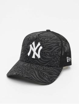New Era Snapback Cap MLB New York Yankees Trucker Hook schwarz