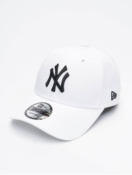New Era snapback cap Tech Fabric Licensed 9Forty wit