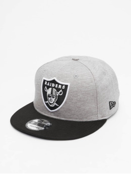 New Era Snapback Caps NFL Oakland Raiders Jersey Essential 9Fifty  šedá