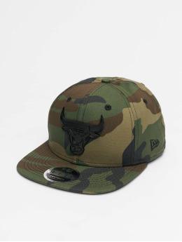 New Era Snapback Caps NBA Chicago Bulls Metal Badge 9Fifty kamufláž