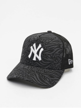 New Era Snapback Caps MLB New York Yankees Trucker Hook musta
