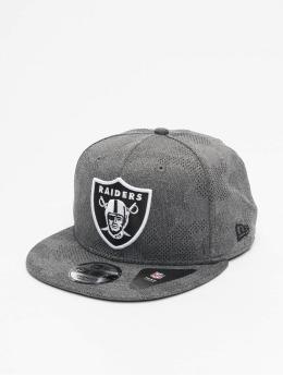 New Era Snapbackkeps NFL Oakland Raiders Engineered Plus 9Fifty grå