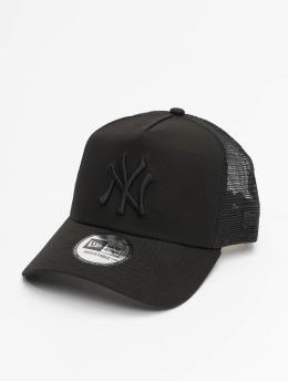 New Era Trucker Caps Clean čern