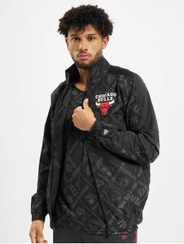 New Era Veste mi-saison légère NBA Chicgo Bulls Aop noir