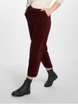New Look Frauen Chino Cord Crop in rot