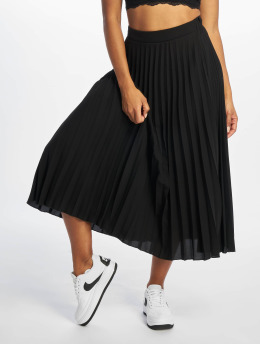 New Look Rock T Plain Pleated Midi schwarz