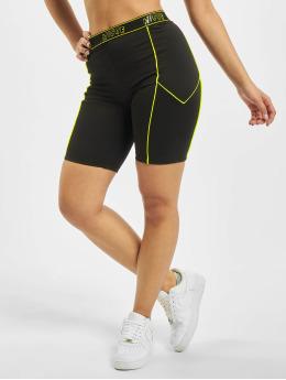 Nicce Shorts Carbon Cycling schwarz
