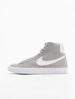 Nike Сникеры Blazer Mid '77 Suede серый