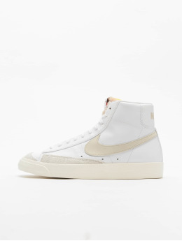 Nike Baskets Mid '77 Vintage blanc