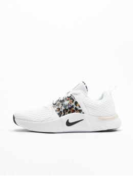 Nike Baskets Renew Inseason Tr 10 Prm blanc