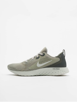 Nike Baskets Legend React gris