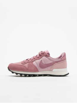 Nike Baskets Internationalist pourpre