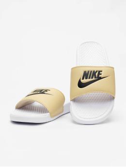 Nike Claquettes & Sandales Benassi JDI blanc
