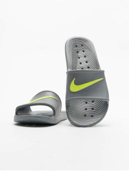 Nike Claquettes & Sandales Kawa  gris
