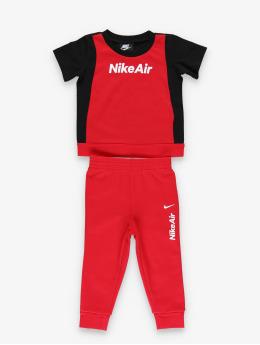 Nike Collegepuvut Air SS Tee & Jogger musta