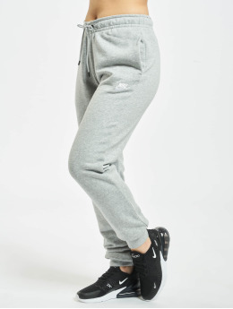Nike Jogging Essential Regular gris