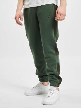 Nike Joggingbyxor M Nsw Bb Jggr Snl Cb  grön