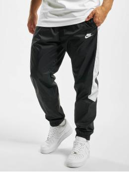Nike Joggingbyxor Woven Core svart