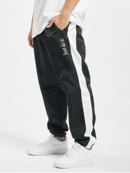 Nike Hosen online bestellen | schon ab € 15,99