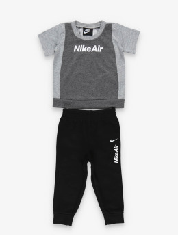 Nike Mjukiskläder Air SS Tee & Jogger svart