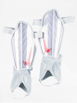 Nike Performance Equipaggiamento di calcio Protegga Flex grigio