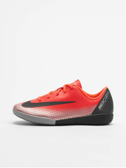 Nike Performance Indendørs Jr. Mercurial Vapor XII Academy CR7 IC rød
