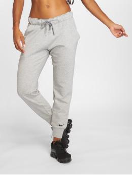 Nike Performance Joggingbyxor Dry grå