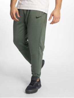Nike Performance Pantalons de jogging Training Pants vert