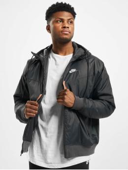 Nike Performance Prechodné vetrovky Sportswear Windrunner èierna