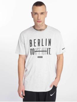 Nike Performance T-shirt JDQ Berlin Dry bianco