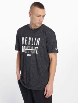 Nike Performance T-Shirt JDQ Berlin Dry schwarz