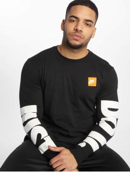 Nike Pitkähihaiset paidat Sportswear musta