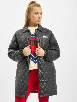 Nike Płaszcze Quilted  czarny