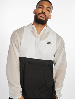 Nike SB Overgangsjakker SB SU19 grå