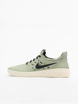 Nike SB Snejkry Nyjah Free zelený