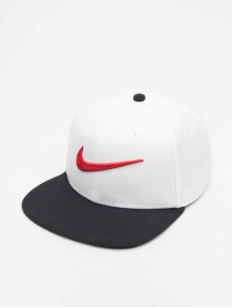 Nike Snapback Caps Sportswear Pro Swoosh Classic valkoinen