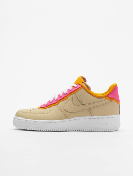 bada3504b71904 Nike Sneaker Air Force 1  07 SE braun