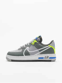 Nike Sneaker Air Force 1 React  grau